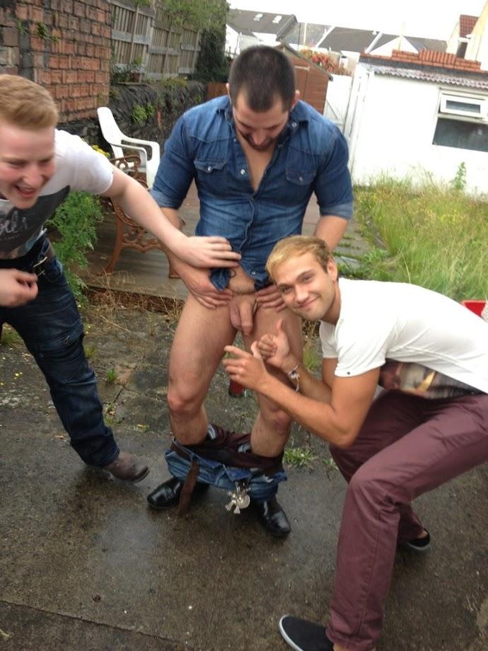 fotos pornos de hombres gay vergas grandes chicos guapos desnudos en