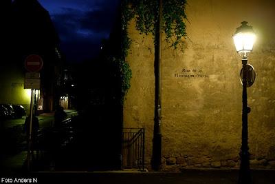 natt, kväll, gatlykta, gata, mörk gata, street, street lamp, street light, fransk, franskt, french, frankrike, france