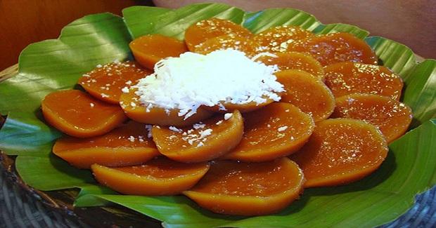 Kutsinta (Brown Rice  Cake)