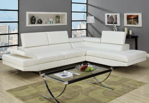 Small Living Room Design Ideas White Sofa With Transparent Table And Beautiful Carpet