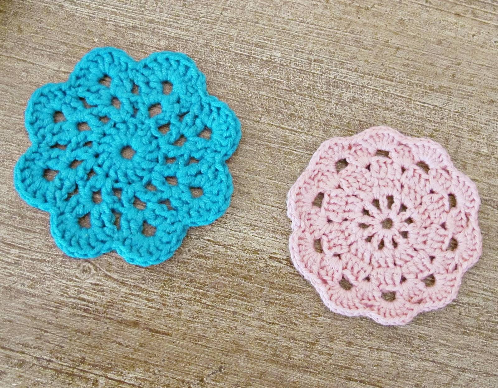 image crochet doilies coasters drinks crocheted moda vera beetle yarn pink turquoise
