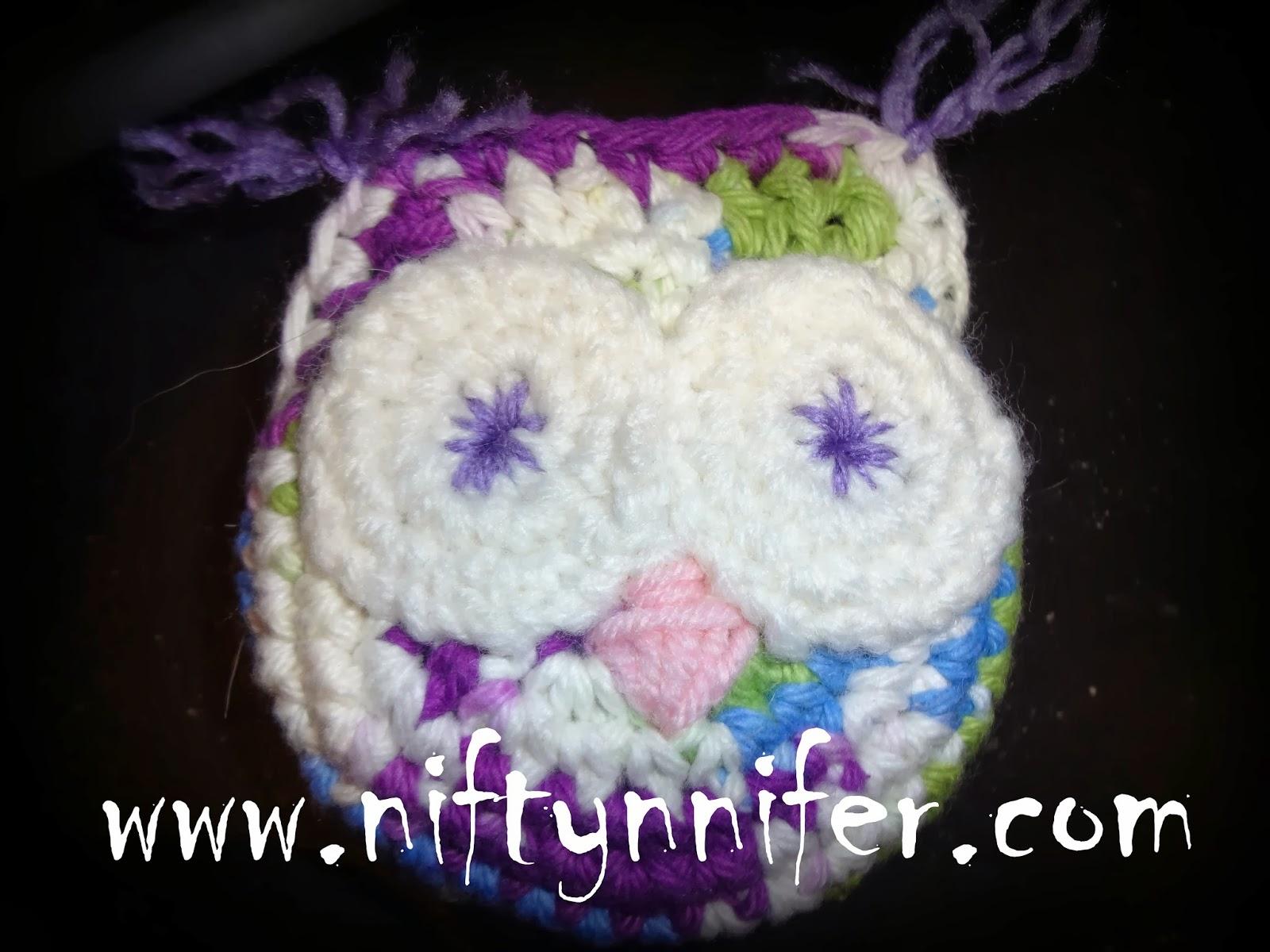 http://www.niftynnifer.com/2013/09/free-owl-scrubby-crochet-pattern-by.html