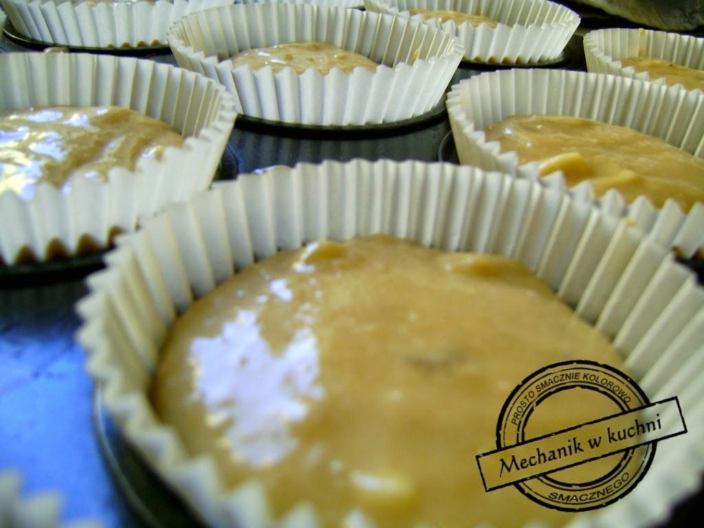 Muffiny bananowe Cukiernia Lidla Mechanik w kuchni muffiny przygotowanie do zapiekania