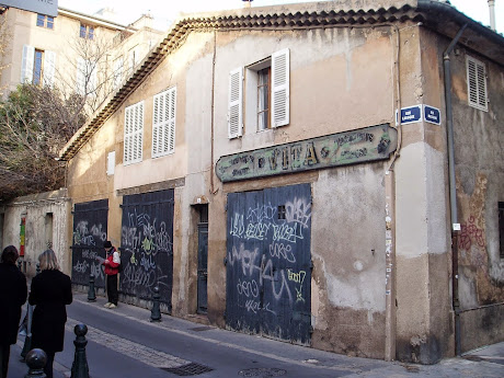 The infamous graffiti of Aix-en-Provence.