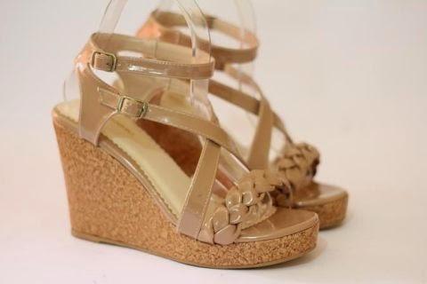 Foto Model Sepatu Wanita Wedges Terbaru Diskon di Jual ...