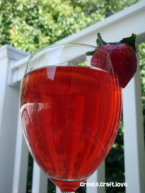 Strawberry Summer Punch via createcraftlove.com #drinks