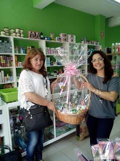 Ganhadora do cabaz de cosméticos no valor de 100,00€