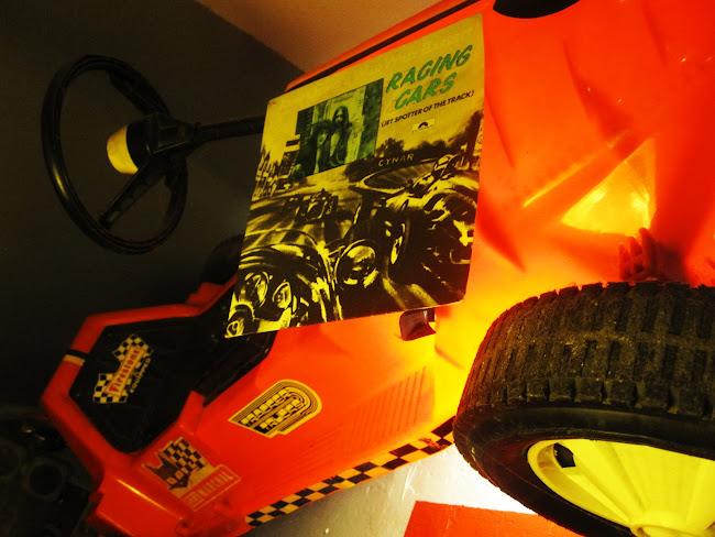 John Otway &  Wild Willy Barrett - Racing cars -  1977 Polydor records