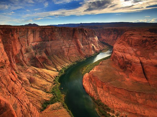 Cañon del Colorado, Río, Montaña rocosa