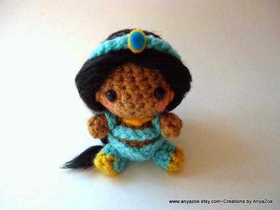 Disney Amigurumi Crochet Patterns : Disney Sisters: Disney Amigurumi: 22 Tiny Adorable Dolls ...