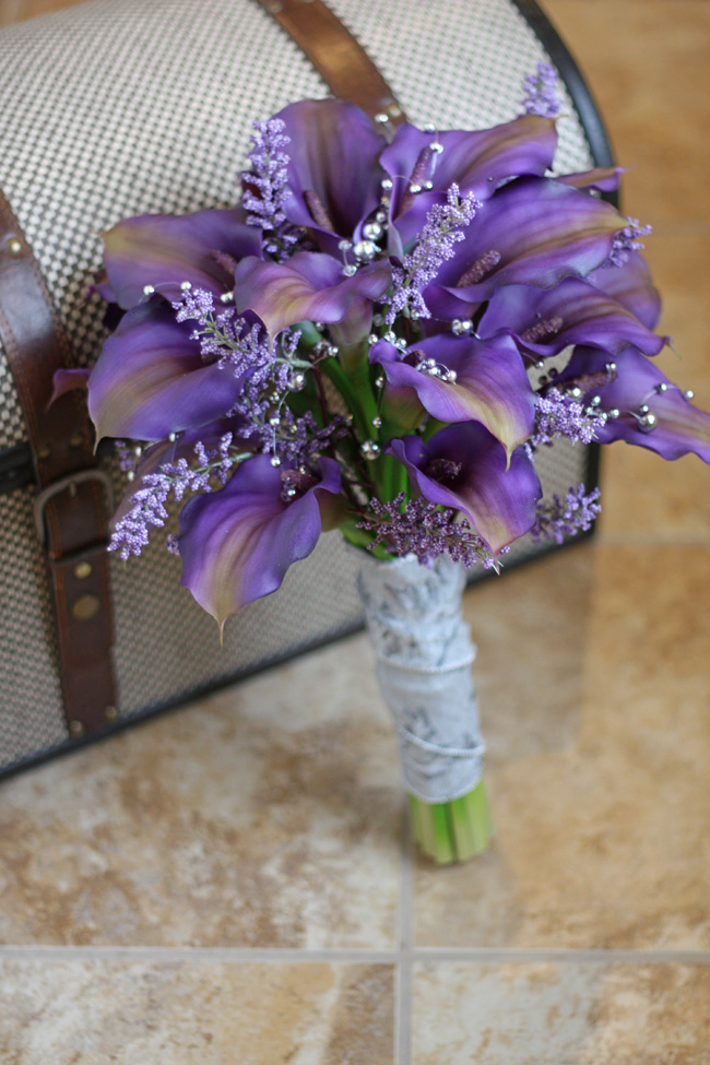 southern girl weddings purple calla lily real touch wedding bouquet. Black Bedroom Furniture Sets. Home Design Ideas