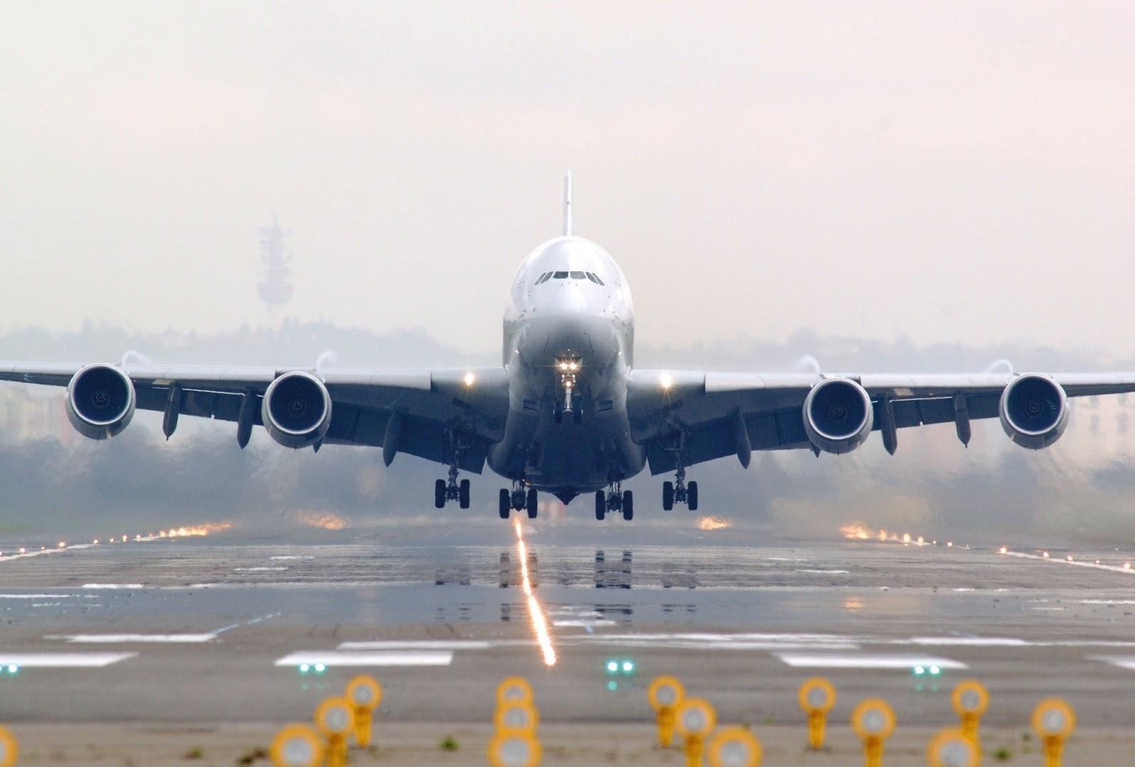 Airbus A380 Of Air France Takeoff Aircraft Wallpaper 3291