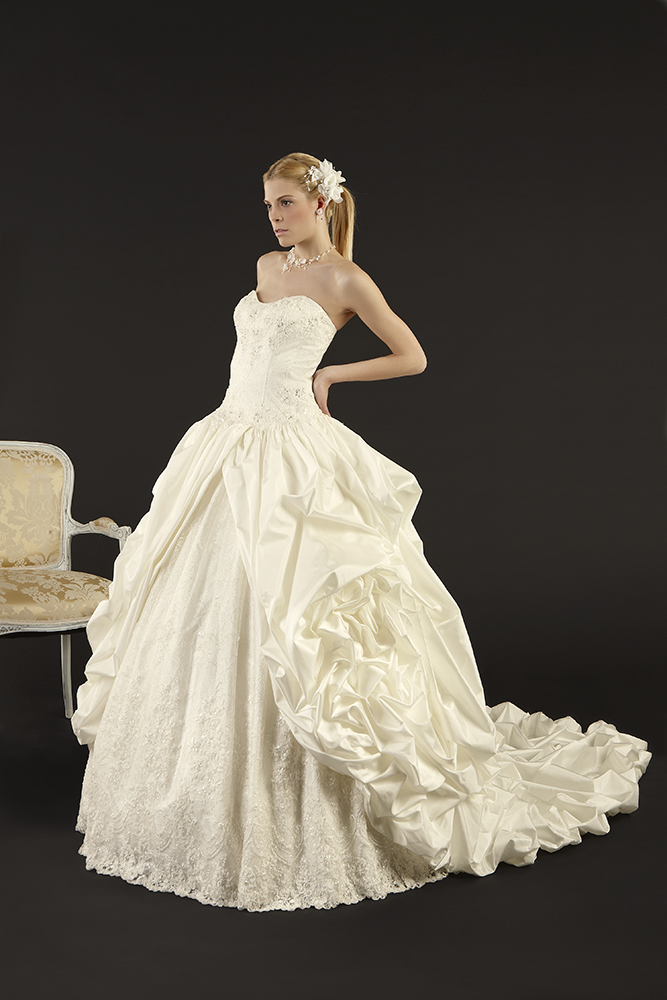 Bridal Dresses UK Wedding Dresses With Fairytale World Elegance