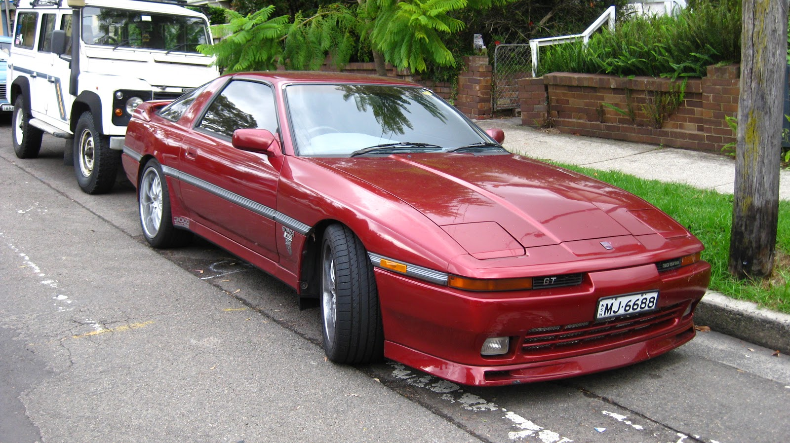 aussie old parked cars 1990 toyota supra gt 3 0 turbo. Black Bedroom Furniture Sets. Home Design Ideas