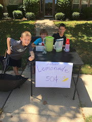 WOULDN'T I LOVE TO BE IN LINE TO BE SERVED LEMONADE BY THIS TRIO!!!