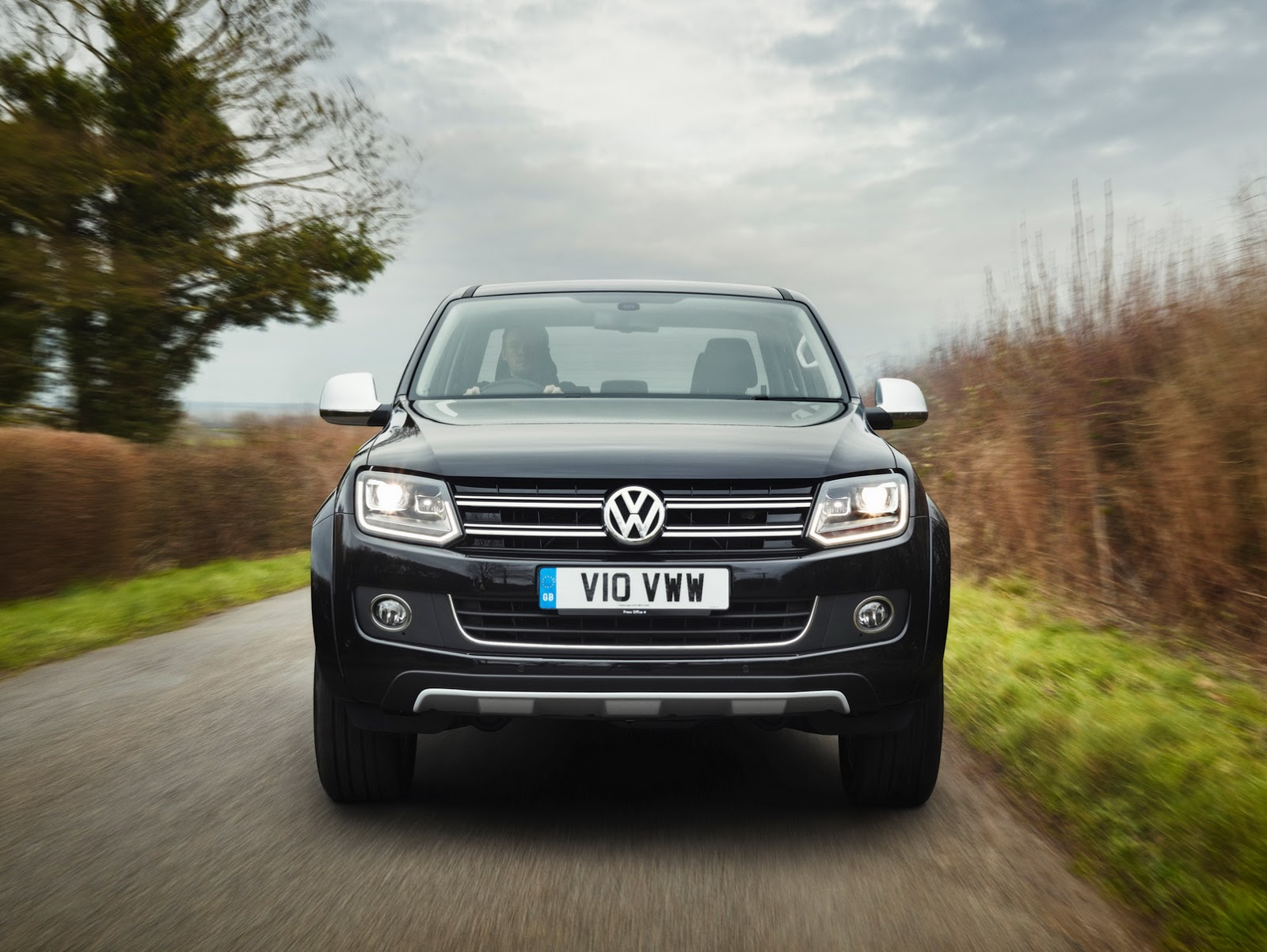 VW's Special Edition Amarok Ultimate Comes to UK in 500 Units