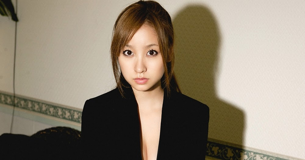 Aya Kiguchi In Suit Dress Ilektrosok
