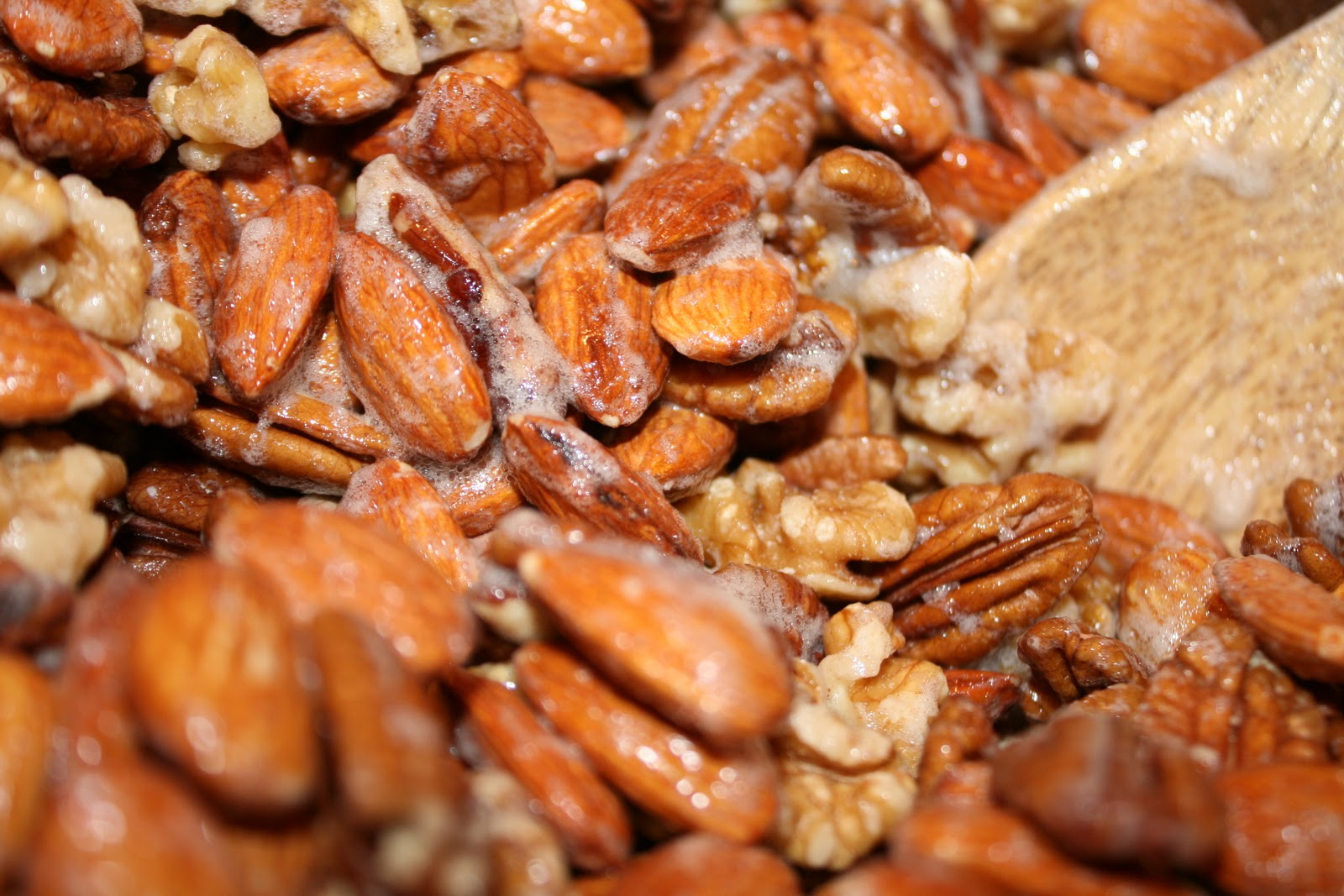 everything to entertain: Cinnamon Roasted Nuts