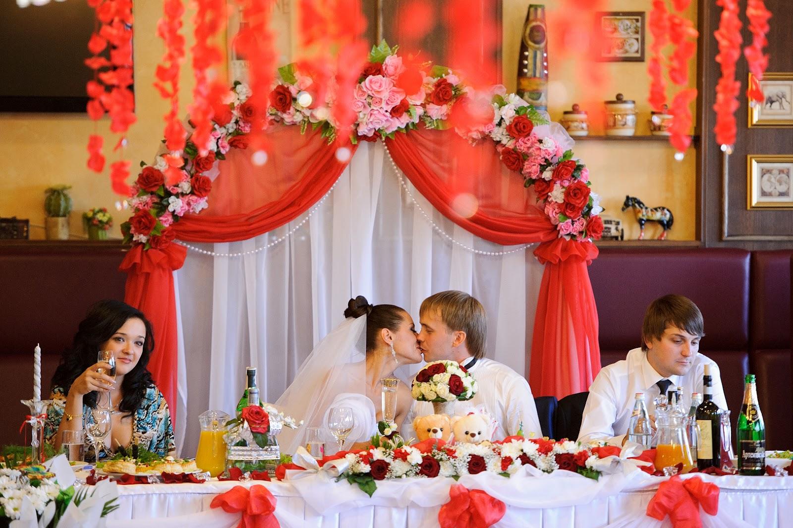 Украсить стол невесты жениха