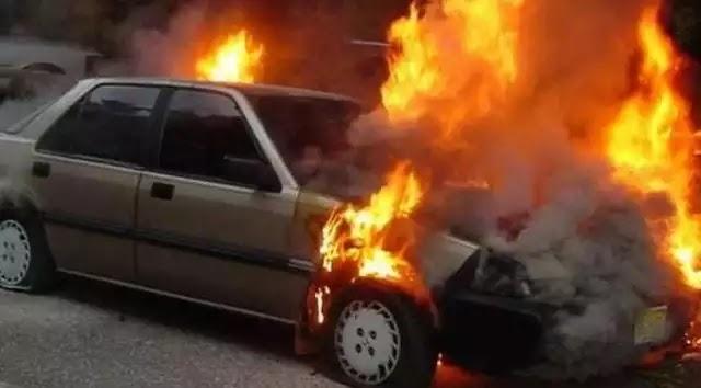 Όλα δείχνουν ότι αυτοπυρπολήθηκε η γυναίκα που βρέθηκε απανθρακωμένη μέσα στο αυτοκίνητό της στον Πειραιά