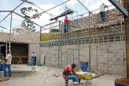El maestro de obras xavier valderas construir paredes de - Construir con bloques de hormigon ...