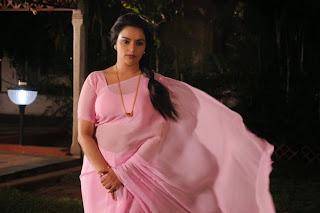 Swetha Menon looks Super Cute beautiful in Saree from movie Malle Teega Movie
