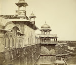View-of-Place-and-Outside-Wall-of-the-Agra-Fort---c1860's