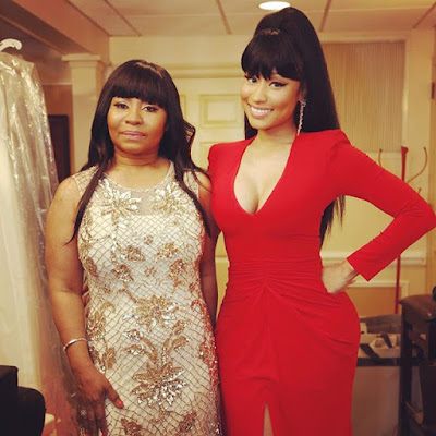 Nicki Minaj and family