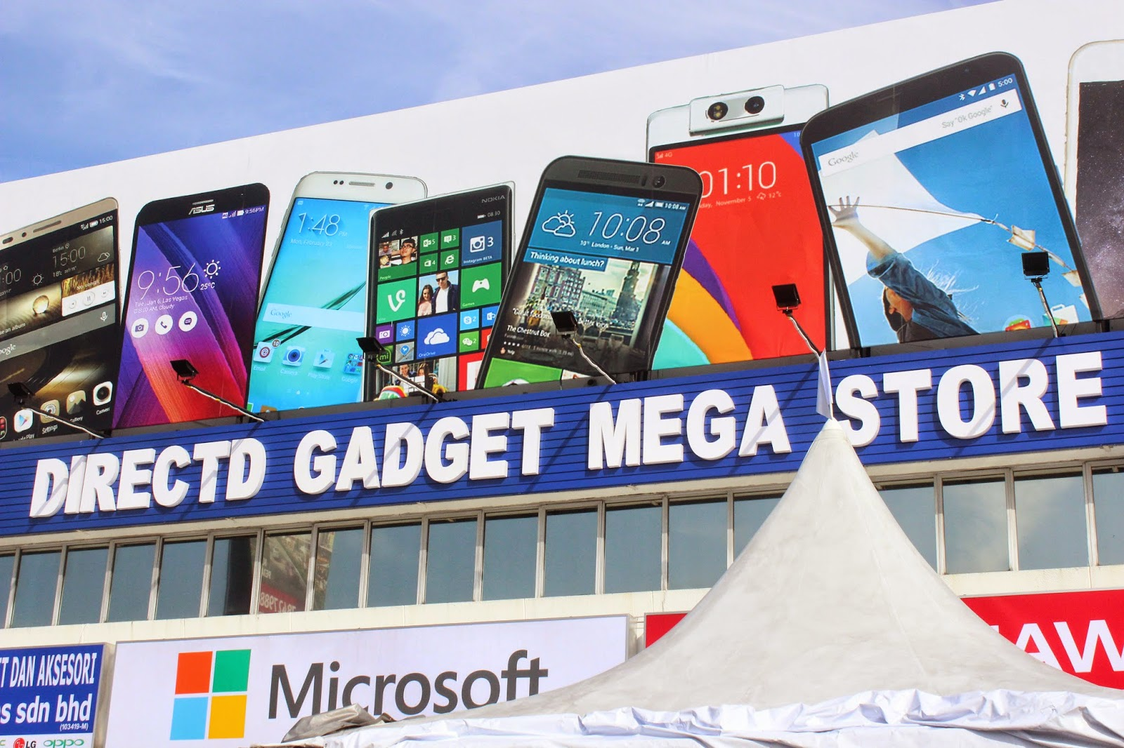 Evergreen love the grand opening of huge directd mega tech store directd gadget mega store business operates from 9am to 930pm and it is open daily throughout the year even on weekends and public holidays sciox Images