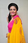 Sri Mukhi glamorous photo shoot-thumbnail-9