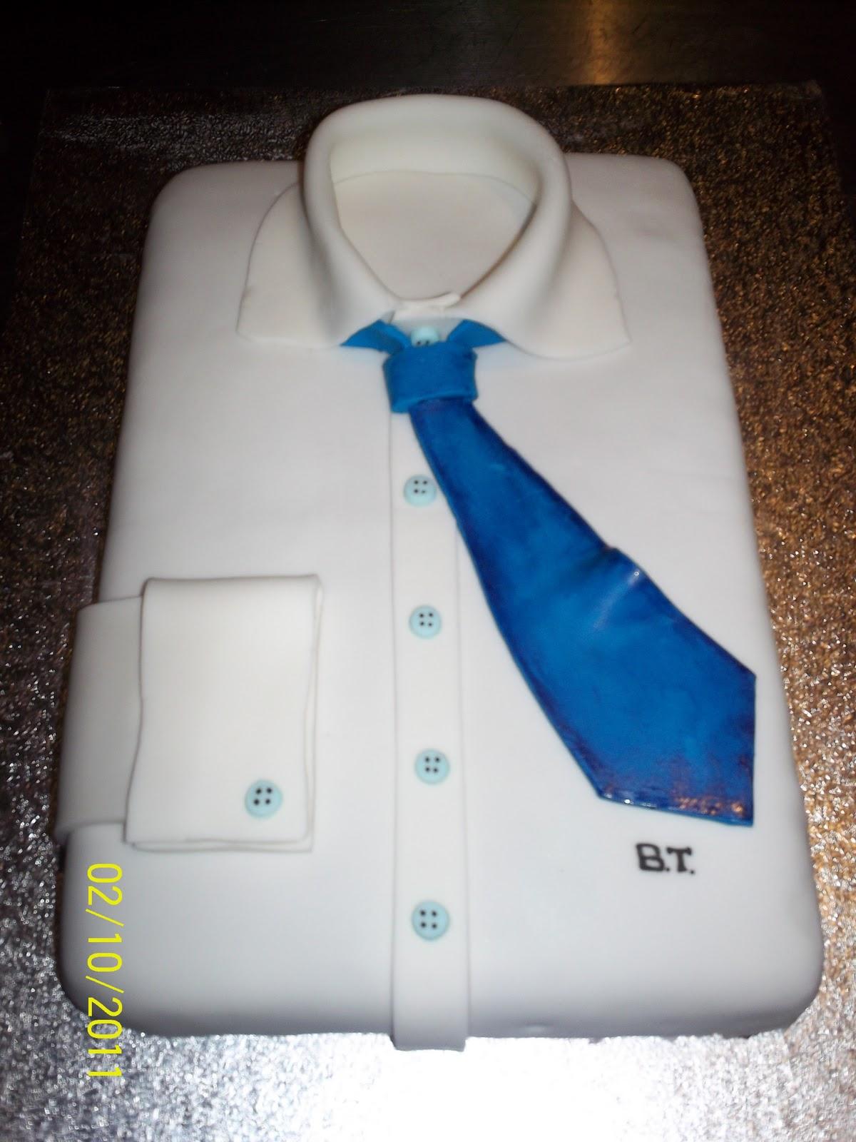 Capricci di torte la camicia da uomo impeccabile for Torte di compleanno particolari per uomo