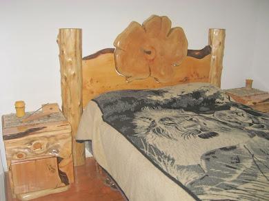respaldar de cama de dos plazas