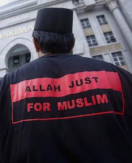 """Deus é só para os islâmicos"""