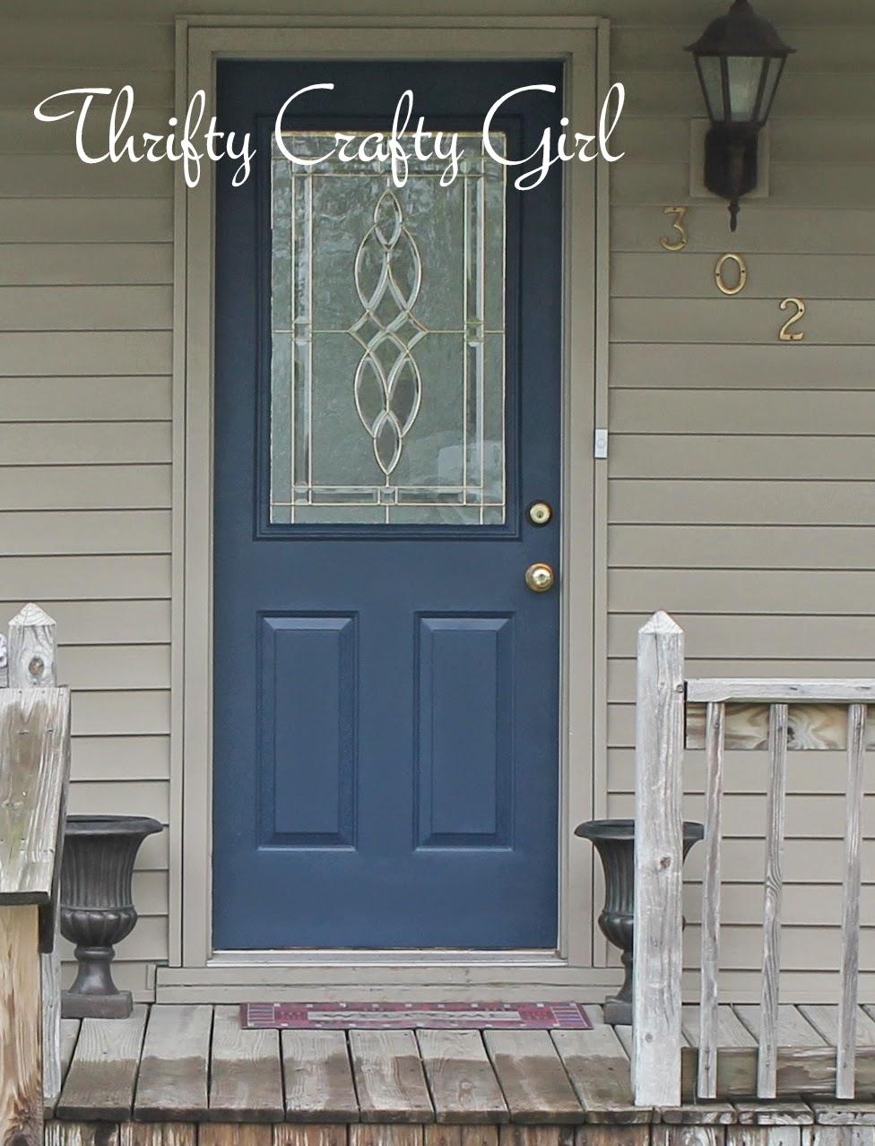 & Thrifty Crafty Girl: My No-Cost Door Makeover