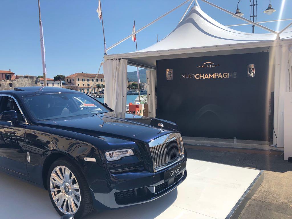 """Entrevista com Enrico Mazza """" 13 rótulos de Nero Champagne""""."""