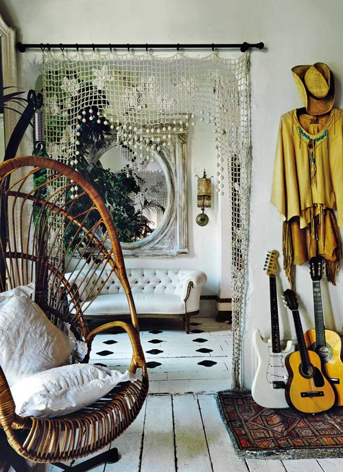 With The Old 60s Style Bamboo Door Hang And Add Some Lace Or Netting To Entry Way Of Bedroom Use As Window Treatments Replace Curtains