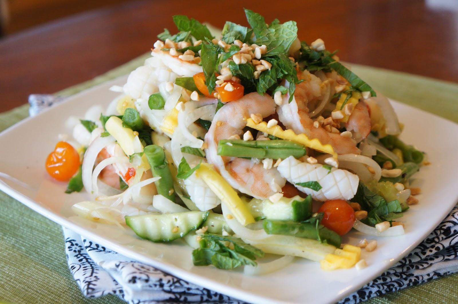 вкусные салаты с рыбой рецепты с фото Салаты с рыбой и морепродуктами – Рецепты салатов с фото.