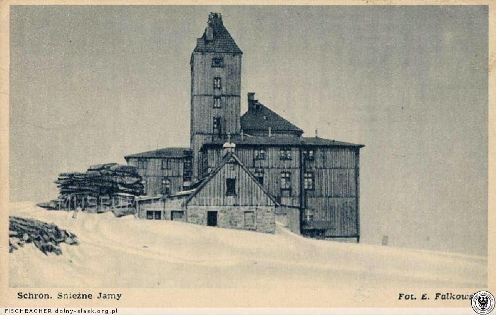 Bouda u Sněžných jam za druhé světové války