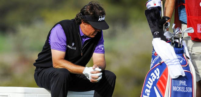 Mickelson in pain