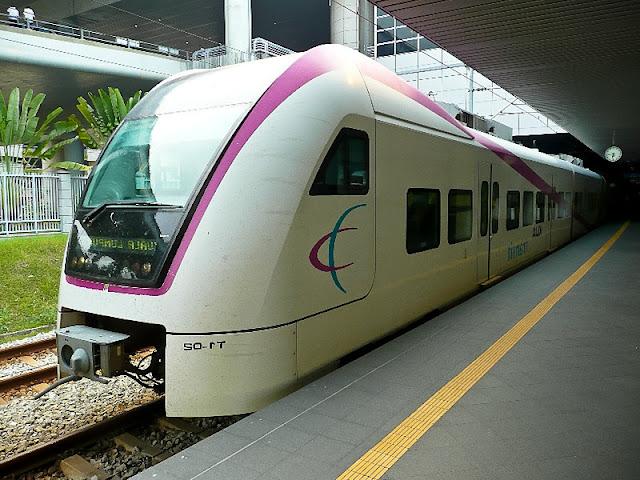 du-lich-malaysia-tau-dien-klia-transit