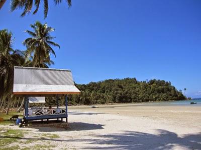 Pantai Padang Melang Anambas