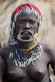 Rostos de Angola e de África