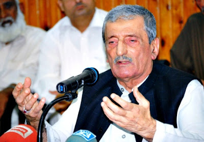 Pakistan's railways minister Ghulam Ahmad Bilour 