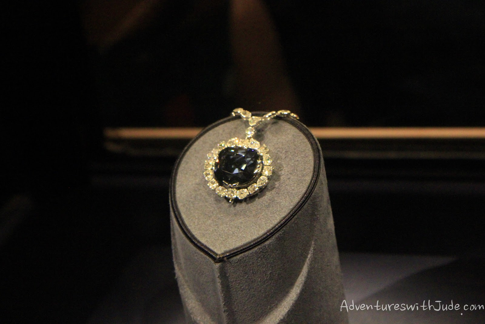 Hope Diamond at the Smithsonian Institution - National Musueum of Natural History
