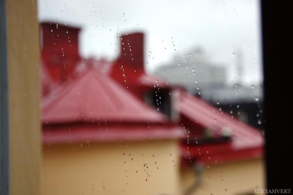 aliciasivert, alicia sivertsson, roof, rain, tak, regn, oväder, storm