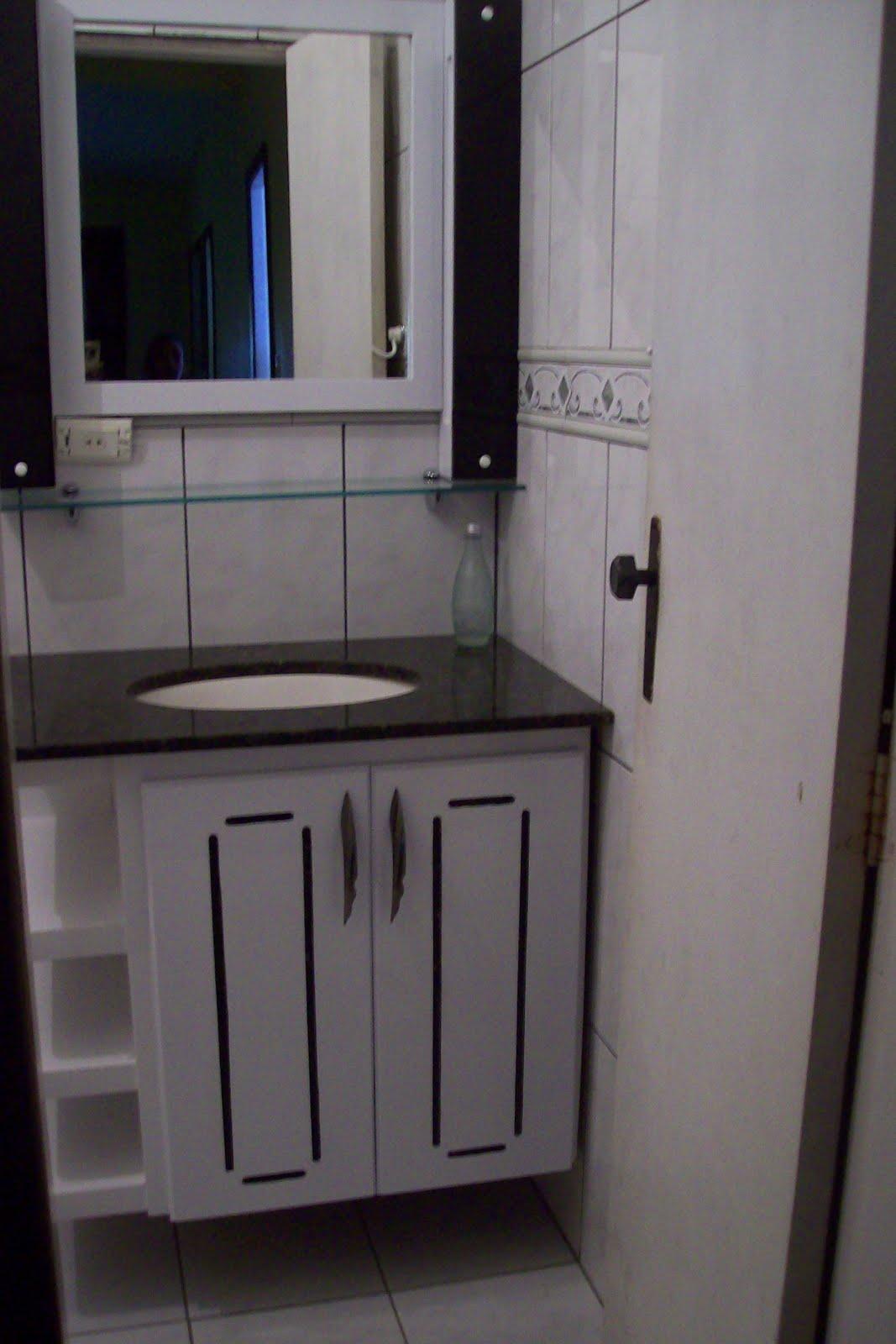 BETESDA MARCENARIA : Armario de Banheiro #4A5A66 1067x1600 Armario No Banheiro