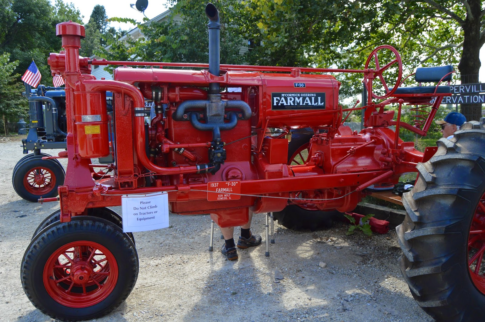 Farmall F 30 : Towns and nature farmall h f s