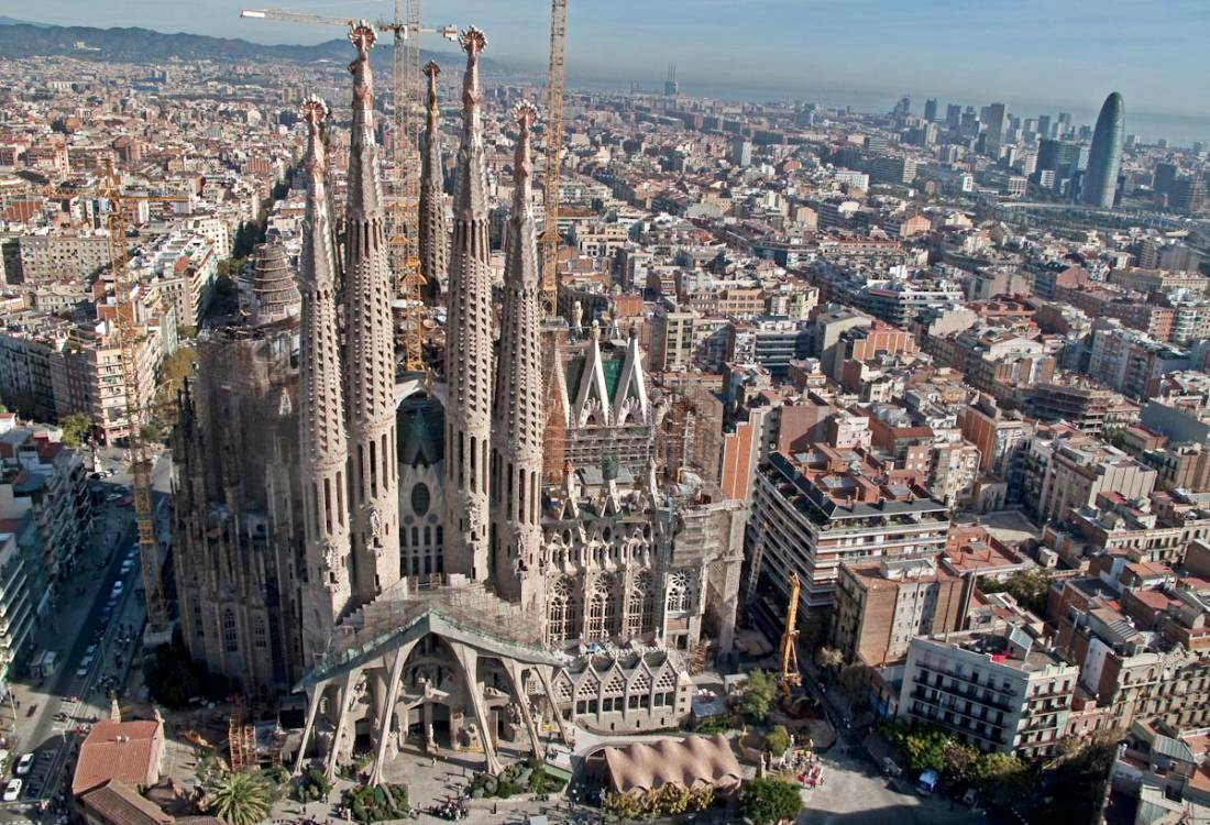 Travel around spain what to do in barcelona in 2 days for La sagrada familia en barcelona