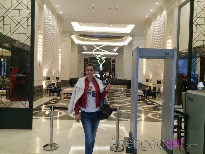 hilton-istanbul-bomonti-lobby-usengec-sef