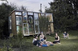 Modulo Construido con Ventanas Recicladas